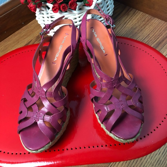 Via Spiga Shoes - Via spiga solid pink wedge SZ 8.5